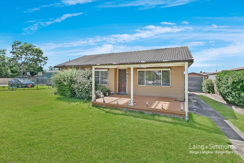 23 Salamaua Road, Whalan NSW 2770-1