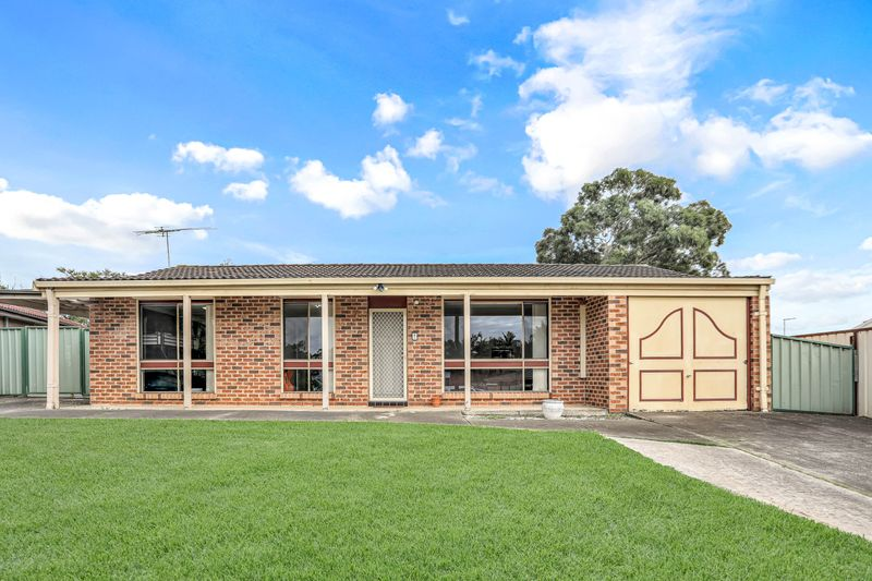 10 Pam Green Place, Doonside NSW 2767-1