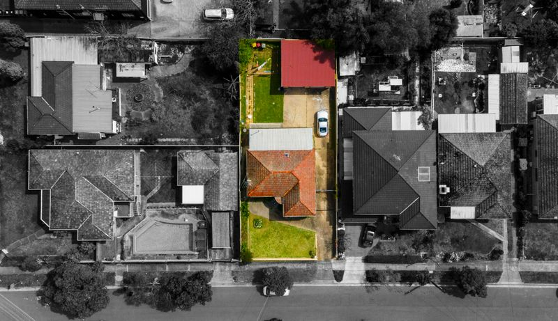 2 Clucas Road, Regents Park NSW 2143-1