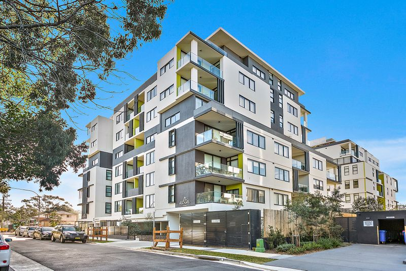 C202/42 Pinnacle, Miranda NSW 2228-1