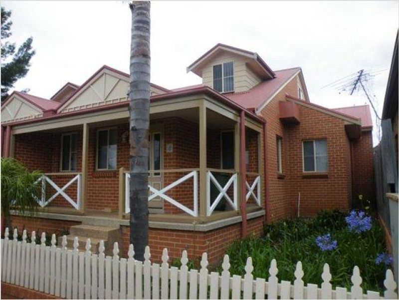 8A Albion Street, Harris Park NSW 2150-1